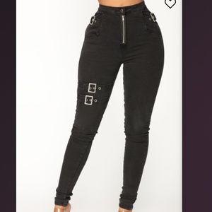 Fashion Nova nobody else but you Jean's size 3